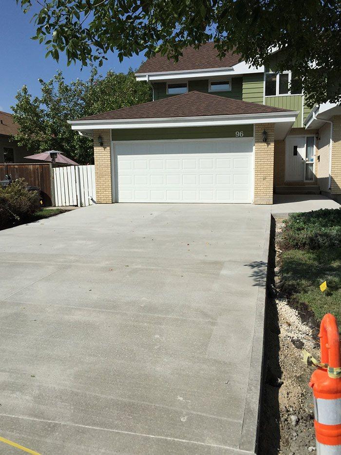 Custom driveway for updated garage